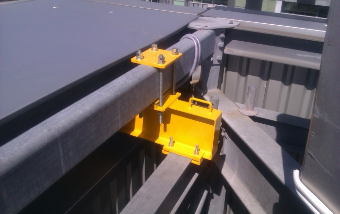 Cantilevered lifting beam - SWL 1000kg